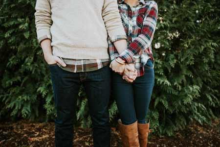 年下彼氏のタイミングで結婚しても、幸せな結婚生活は送れません